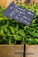 France, Aquitaine, Pyrénées-Atlantiques, Pays Basque, Saint-Jean-de-Luz, Piments doux sur le marché  //  France, Pyrenees Atlantiques, Basque Country, Saint Jean de Luz, the market, Sweet pepper