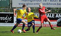 GULLEGEM - HALLE :<br /> Laurenz Simoens (R) in strijd met Thor Daems (L) en Thomas Van Ophalvens (M)<br /> <br /> Foto VDB / Bart Vandenbroucke