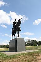 JUL 01 Stonewall Jackson Monument at Manassas Battlefield