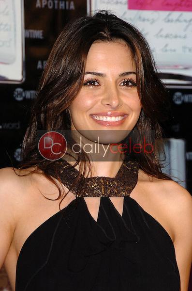 "Sarah Shahi<br />at the launch of ""L eau de parfum"". Fred Segal, Los Angeles, CA. 02-15-06<br />Scott Kirkland/DailyCeleb.Com 818-249-4998"