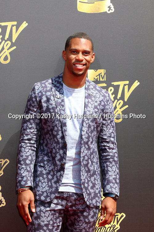 LOS ANGELES - MAY 7:  Victor Cruz at the MTV Movie and Television Awards on the Shrine Auditorium on May 7, 2017 in Los Angeles, CA