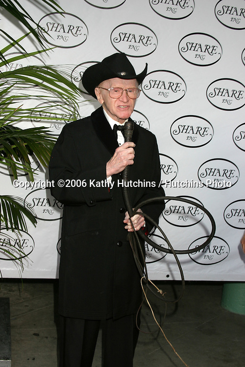 Red Buttons.Share Boomtown .Hollywood Palladium.Los Angeles, CA.May 20, 2006.©2006 Kathy Hutchins / Hutchins Photo....