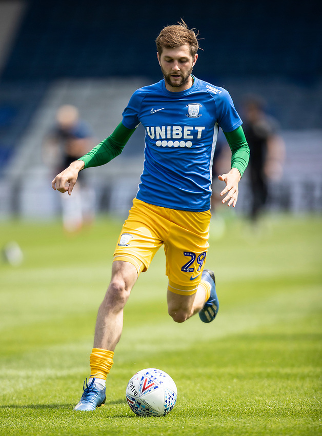Preston North End's Tom Barkhuizen warming up before the match <br /> <br /> Photographer Andrew Kearns/CameraSport<br /> <br /> The EFL Sky Bet Championship - Luton Town v Preston North End - Saturday 20th June 2020 - Kenilworth Road - Luton<br /> <br /> World Copyright © 2020 CameraSport. All rights reserved. 43 Linden Ave. Countesthorpe. Leicester. England. LE8 5PG - Tel: +44 (0) 116 277 4147 - admin@camerasport.com - www.camerasport.com