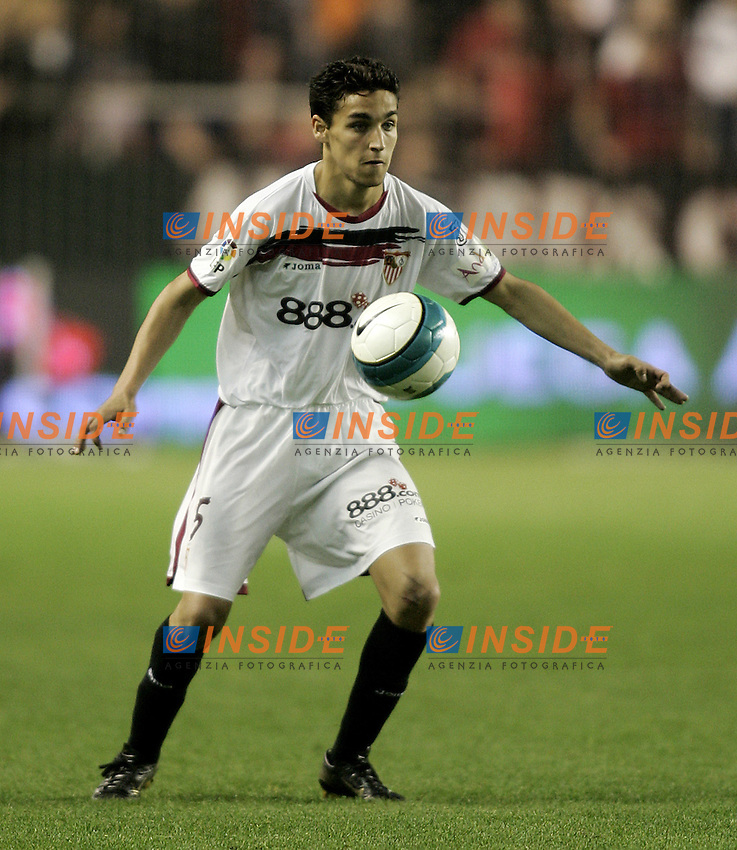 Sevilla's Jesus Navas during the Spanish League match between Sevilla  and FC Barcelona at Ramon Sanchez Pizjuan Stadium in Sevilla, Saturday March 03 2007. (INSIDE/ALTERPHOTOS/B.Echavarri). Siviglia Barcellona