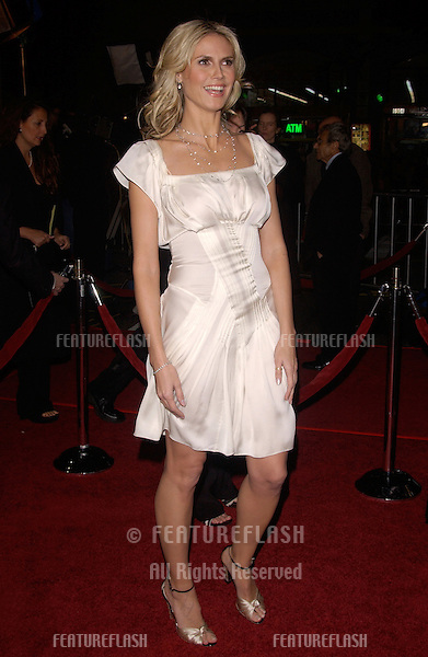 Dec 8, 2004; Los Angeles, CA: Supermodel HEIDI KLUM at the Hollywood premiere of Ocean's Twelve..