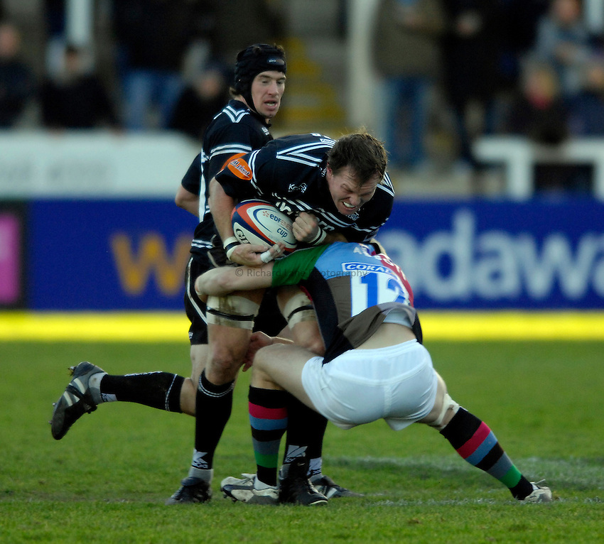 Photo: Jed Wee..Newcastle Falcons v NEC Harlequins. EDF Energy Anglo Welsh Cup. 02/12/2006..Newcastle's Russell Winter.