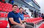 BHUBANESWAR (INDIA) - Jeroen Bijl (technisch directeur KNHB) met Stefan Veen, bestuurslid tophockey heren KNHB, bij het WK Hockey heren. COPYRIGHT KOEN SUYK