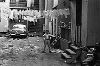 Plateau-Mont-Royal. Secteur de la rue Prince-Arthur. 1967. Photo de Patricia Ling.  Archives de la Ville de Montréal.