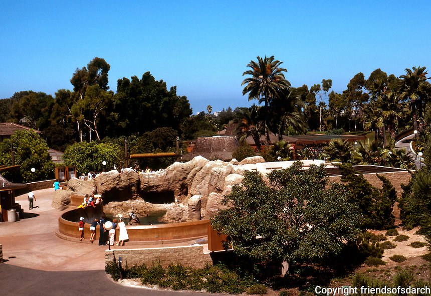 San Diego: Sea World.   (Photo 1978)