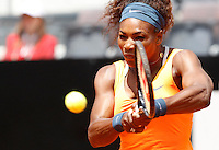 La statunitense Serena Williams in azione durante gli Internazionali d'Italia di tennis a Roma, 17 Maggio 2013..Serena Williams, of the United States, in action during the Italian Open Tennis WTA tournament in Rome, 17 May 2013.UPDATE IMAGES PRESS/Isabella Bonotto