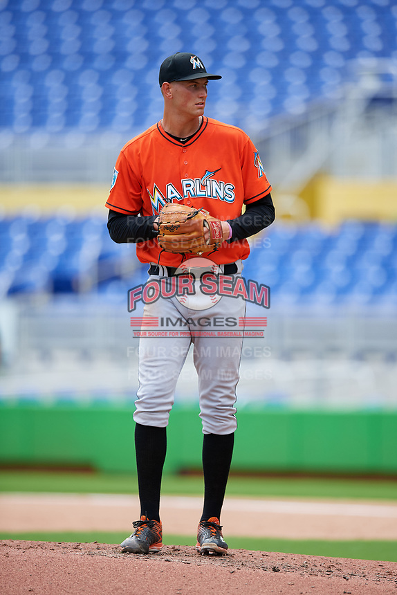 Miami Marlins pitcher Brady Puckett (44) gets ready to deliver a pitch during a Florida Instructional League game against the Washington Nationals on September 26, 2018 at the Marlins Park in Miami, Florida.  (Mike Janes/Four Seam Images)
