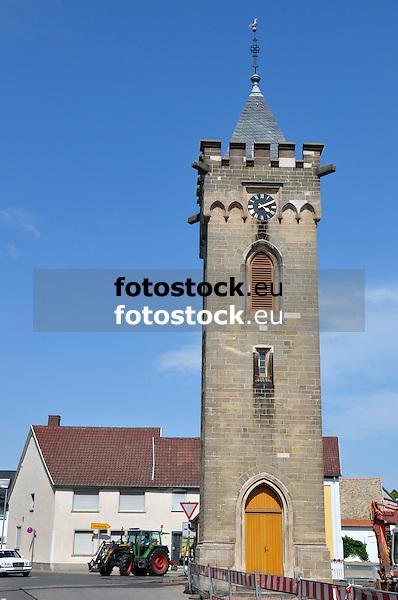 freistehender Evangelischer Glockenturm, um 1900, 25 m, auf dem Marktplatz in Udenheim