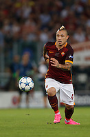 AS Roma's Radja Nainggolan during the Champions League Group E soccer match against Barcellona  at the Olympic Stadium in Rome September 16, 2015