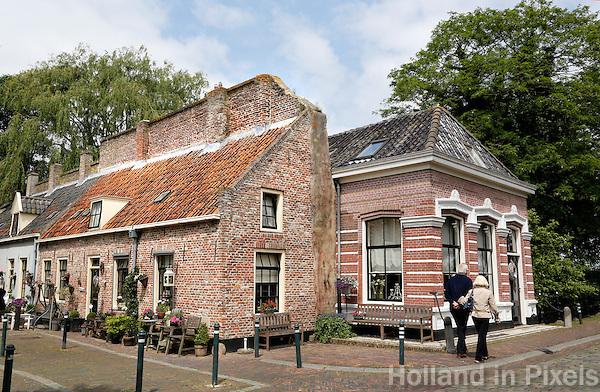 Huizen gebouwd tegen de vestingmuur