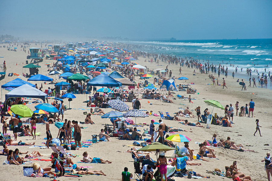 Huntington Beach, Ca, Beach Umbrellas, Ocean Waves, people, Pier, Ocean