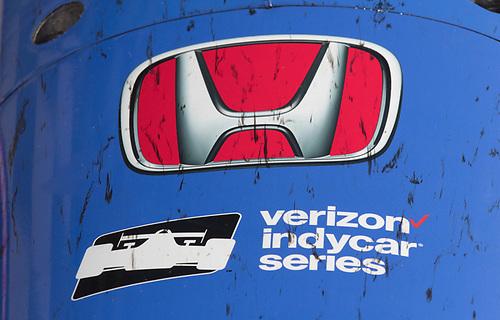Verizon IndyCar Series<br /> IndyCar Grand Prix<br /> Indianapolis Motor Speedway, Indianapolis, IN USA<br /> Saturday 13 May 2017<br /> Scott Dixon, Chip Ganassi Racing Teams Honda car nose in parc ferme<br /> World Copyright: Geoffrey M. Miller LAT Images