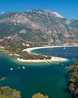 Turkey, Muğla, Olu Deniz near Fethiye: Lagoon Beach | Tuerkei, Muğla, Olu Deniz bei Fethiye: Blick ueber die blaue Lagune