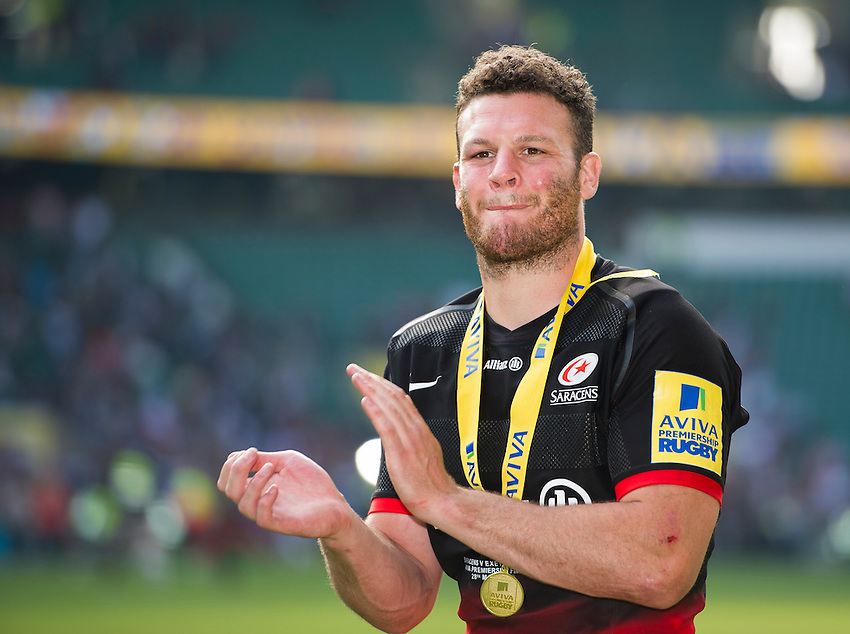 Duncan Taylor of Saracens salutes the fans after their 28-20 victory over Exeter Chiefs<br /> <br /> Photographer Ashley Western/CameraSport<br /> <br /> Rugby Union - Aviva Premiership Final - Saracens v Exeter Chiefs - Saturday 28th May 2016 - Twickenham Stadium, Twickenham, London  <br /> <br /> World Copyright &copy; 2016 CameraSport. All rights reserved. 43 Linden Ave. Countesthorpe. Leicester. England. LE8 5PG - Tel: +44 (0) 116 277 4147 - admin@camerasport.com - www.camerasport.com