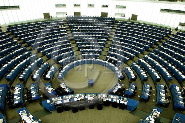 STRASBOURG - FRANCE - 21 APRIL 2004--The parliamentary Chamber in the European Parliament in Strasbourg-- PHOTO: ERIK LUNTANG / EUP-IMAGES