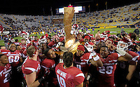11/14/15<br /> Arkansas Democrat-Gazette/STEPHEN B. THORNTON<br /> Arkansas Razorbacks celebrate with the boot after defeating LSU Saturday in Baton Rouge, La.