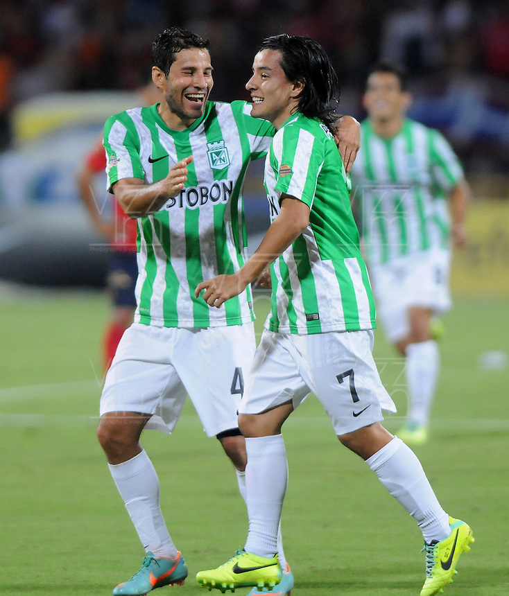 MEDELLIN - COLOMBIA -26-01-2014: Sherman Cardenas jugador de Atletico Nacional celebra el gol anotado durante del partido de la primera fecha de la Liga Postobon I-2014, jugado en el estadio Atanasio Girardot de la ciudad de Medellin.  / Sherman Cardenas  player of Atletico Nacional celebarates a goal scored during a match for the first date of the Liga Postobon I-2014 at the Atanasio Girardot Stadium in Medellin city. Photo: VizzorImage  / Luis Rios / Str.