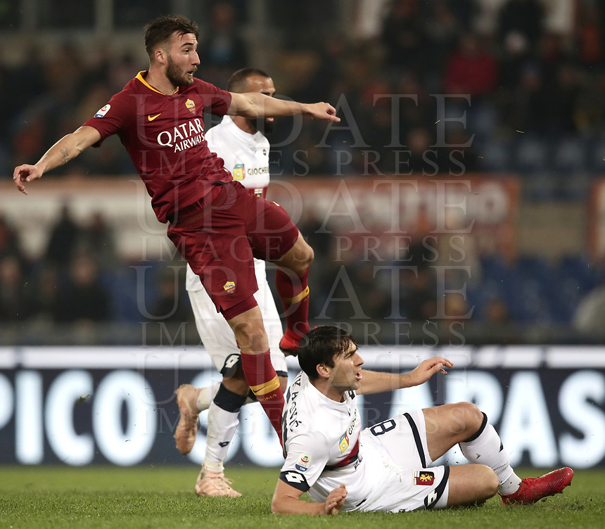 Football, Serie A: AS Roma - Genoa, Olympic stadium, Rome, December 16, 2018. <br /> Roma&rsquo;s Bryan Cristante (l) celebrates after scoring during the Italian Serie A football match between Roma and Genoa at Rome's Olympic stadium, on December 16, 2018.<br /> UPDATE IMAGES PRESS/Isabella Bonotto