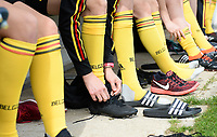 20180304 - LARNACA , CYPRUS :  Belgian players pictured putting on their shoes during a Matchday -1 training from The Belgian Red Flames prior to their game against Austria , on Sunday 4 March 2018 at the Alpha Sports Grounds in Larnaca , Cyprus . This will be the third game in group B for Belgium during the Cyprus Womens Cup , a prestigious women soccer tournament as a preparation on the World Cup 2019 qualification duels. PHOTO SPORTPIX.BE | DAVID CATRY