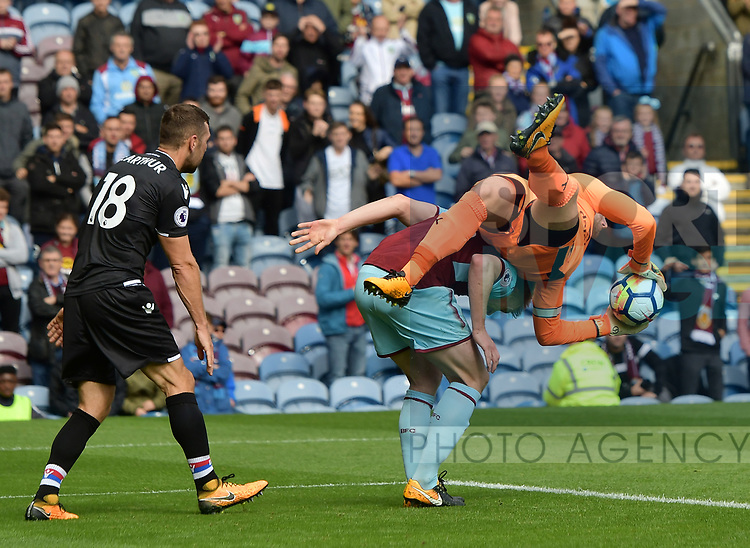 Burnley&rsquo;s Thomas Heaton collides with Burnley&rsquo;s Ben Mee<br /> during the premier league match at the Turf Moor Stadium, Burnley. Picture date 10th September 2017. Picture credit should read: Paul Burrows/Sportimage