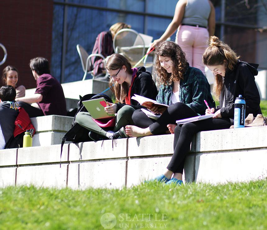 April 3rd 2017- Spring Quarter Students Enjoying the Sunshine