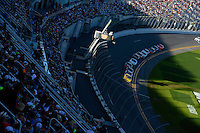 19-20 February, 2016, Daytona Beach, Florida USA<br /> Kasey Kahne leads the field as shadows fall across the tri-oval.<br /> ©2016, F. Peirce Williams