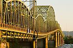 Interstate (I-5) Bridge