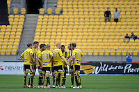Action from the A League - Wellington Phoenix v Adelaide United, Wellington, New Zealand on Sunday 30 March 2014. <br /> Photo by Masanori Udagawa. <br /> www.photowellington.photoshelter.com.