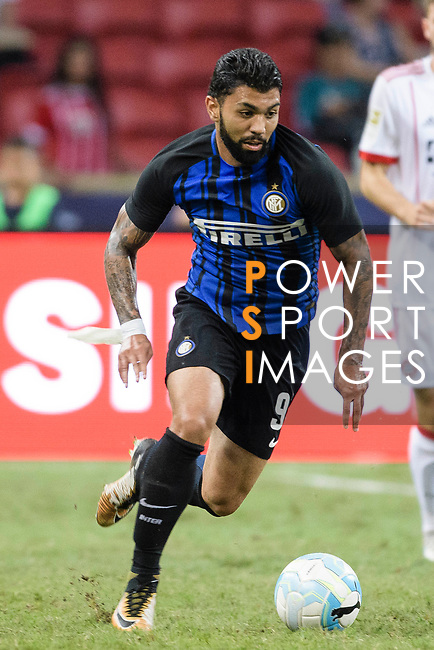 FC Internazionale Forward Gabriel Barbosa in action during the International Champions Cup match between FC Bayern and FC Internazionale at National Stadium on July 27, 2017 in Singapore. Photo by Weixiang Lim / Power Sport Images