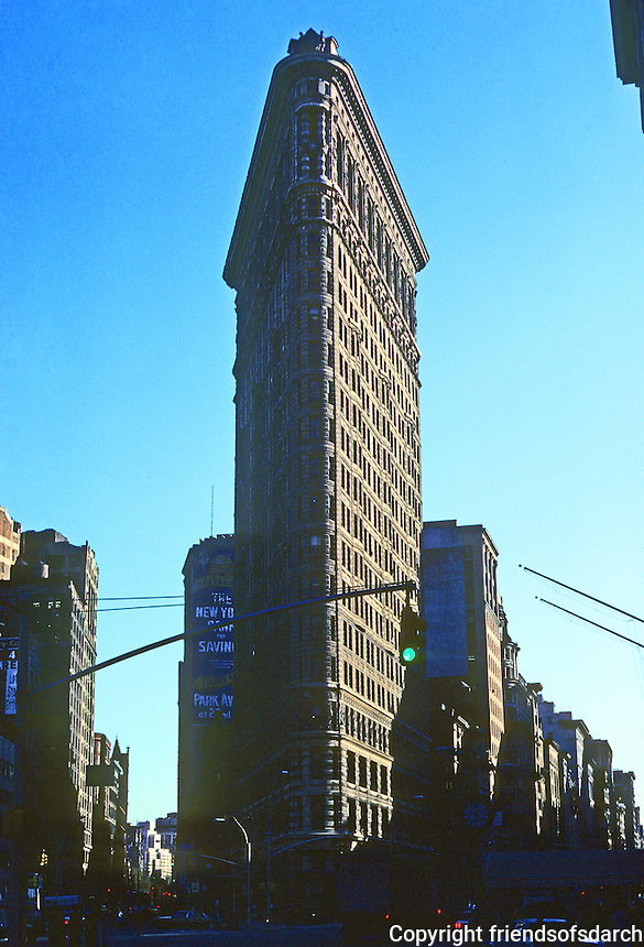 New York City: Flat Iron Building 1902. D. H. Burnham & Co.  Photo '78.