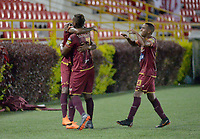 IIBAGUÉ - COLOMBIA, 8-04-2018: Sebastian Villa  de Deportes Tolima  celebra después de anotar un gol al Atlético Junior durante partido por la fecha 13 de la Liga Águila I 2018 jugado en el estadio Manuel Murillo Toro de la ciudad de Ibagué . / Sebastian Villa payer of Deportes Tolima   celebrates after scoring a goal to Atletico Junior   during match for the date 13 of the Aguila League I 2018 at Manuel Murillo Toro stadium in Ibague  city. Photo: VizzorImage/ Juan Carlos Escobar /  Contribuidor