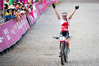 Picture by Alex Whitehead/SWpix.com - 12/04/2018 - Commonwealth Games - Cycling Mountain Bike - Nerang Mountain Bike Trails, Gold Coast, Australia - Evie Richards of England wins Silver in the Women's Cross-country race