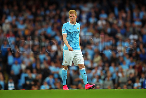 19.09.2015. Manchester, England. Barclays Premier League. Manchester City versus West Ham. Kevin De Bruyne of Manchester City  as Man City piles pressure on the West Ham defense int he second half