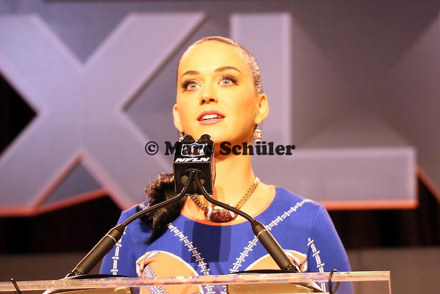Katy Perry tritt in der Halbzeitshow des Super Bowl XLIX auf - Entertainment Pressekonferenz, Convention Center Phoenix