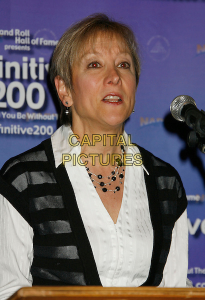 "SUSAN PETERSON.Brian Wilson Performs Songs From ""Pet Sounds"" to Support ""Definitive 200"" Campaign held at Capitol Records Building,  Hollywood, California, USA..March 7th, 2007.headshot portrait microphone .CAP/ADM/RE.©Russ Elliot/AdMedia/Capital Pictures"