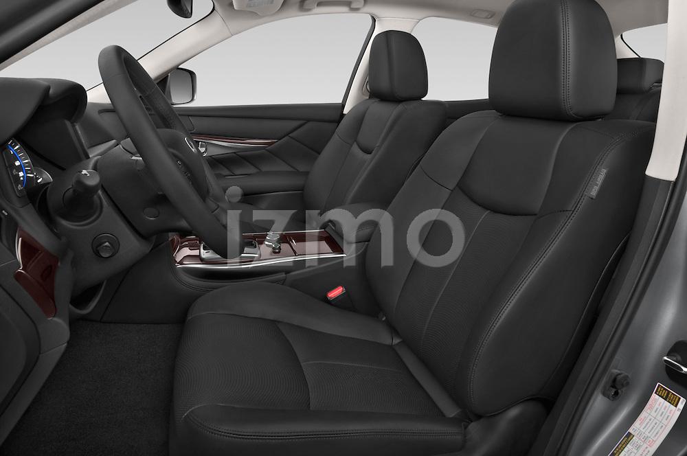 Front seat view of a 2015 Infiniti Q70 Premium 4 Door Sedan 2WD Front Seat car photos