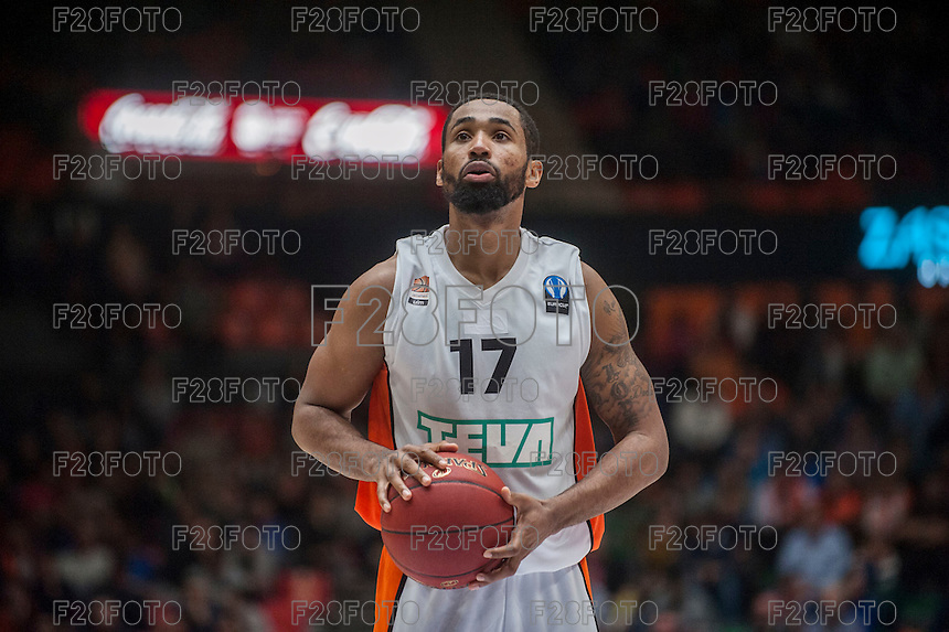 VALENCIA, SPAIN - December 2: Da Sean Butler during EUROCUP match between Valencia Basket Club and Ratiopharm ULM at Fonteta Stadium on December 2, 2015