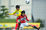 (L to R) Tina Yanai (JEF United Ladies), Hikaru Naomoto (Urawa Reds Ladies), .APRIL 21, 2012 - Football/Soccer : 2012 Plenus Nadeshiko League,2nd sec match between JEF United Ichihara Chiba Ladies 0-0 Urawa Reds Diamonds Ladies at Ichihara Rinkai Stadium , Chiba, Japan. (Photo by Jun Tsukida/AFLO SPORT) [0003]