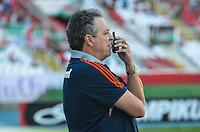 ATENCAO EDITOR: FOTO EMBARGADA PARA VEICULOS INTERNACIONAIS-RIO DE JANEIRO, RJ, 30 SETEMBRO 2012-CAMPEONATO BRASILEIRO-FLAMENGO X FLUMINENSE-Abel Braga, tecnico do Fluminense durante a partida Flamengo x Fluminense valida pela 27 rodada do Campeonato Brasileiro no Estadio Joao Havelange, Engenhao, neste domingo, 30 de setembro,na zona norte do Rio de Janeiro.(FOTO:MARCELO FONSECA/ BRAZIL PHOTO PRESS).