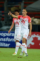 MEDELLIN - COLOMBIA -26-11-2016: Anderson Plata, jugador de Independiente Santa Fe, celebra el gol anotado a Deportivo Independiente Medellin, durante partido por los cuartos de final entre Deportivo Independiente Medellin e Independiente Santa Fe, de la Liga Aguila II 2016, en el estadio Atanasio Girardot de la ciudad de Medellin. / Anderson Plata, player of Independiente Santa Fe, celebrates a scored goal to Deportivo Independiente Medellin during a match for the quarterfinals between Deportivo Independiente Medellin and Independiente Santa Fe, of the Liga Aguila II 2016 at the Atanasio Girardot stadium in Medellin city. Photos: VizzorImage  / Leon Monsalve / Cont.