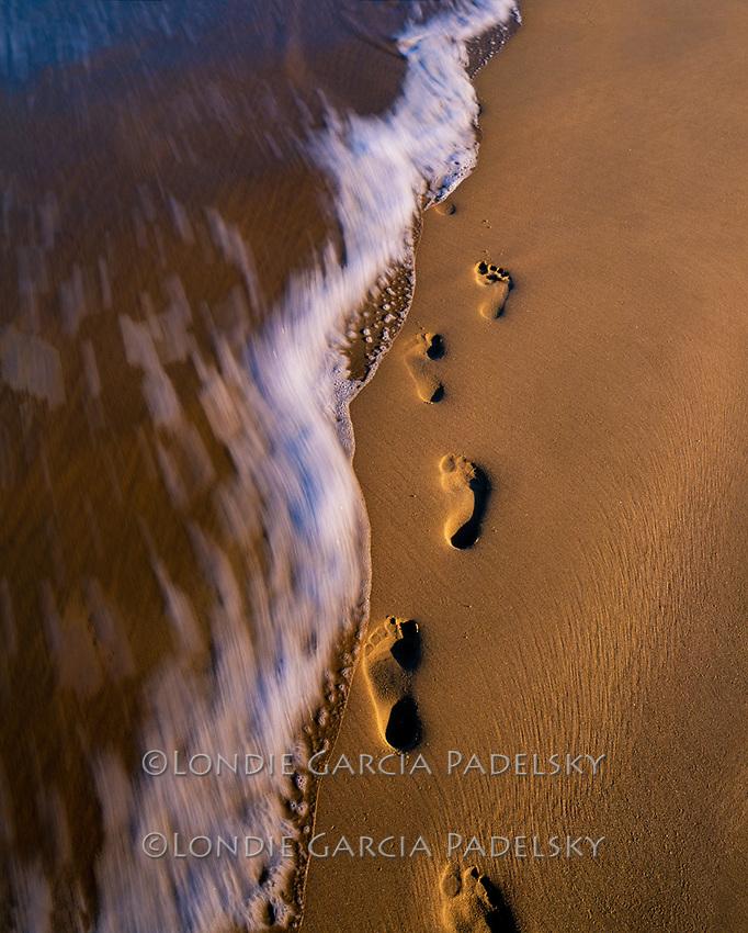 Footprints on the sand, Central Coast, California