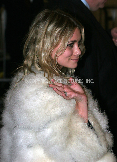 WWW.ACEPIXS.COM . . . . .  ....May 7 2007, New York City....ASHLEY OLSEN....Costume Institute at the Metropolitain Museum Gala 2007 exits.....Please byline: NANCY RIVERA- ACE PICTURES.... *** ***..Ace Pictures, Inc:  ..tel: (646) 769 0430..e-mail: info@acepixs.com..web: http://www.acepixs.com