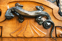 Jules Lavirotte: 29 Avenue Rapp, Paris 1901. Door handle.