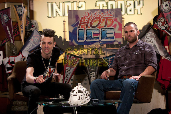 Jay Baruchel & Seann William Scott.in Goon.*Filmstill - Editorial Use Only*.CAP/NFS.Supplied by Capital Pictures.