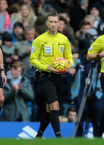 05.03.2016. Stamford Bridge, London, England. Barclays Premier League. Chelsea versus Stoke City. Referee Mark Clattenburg