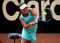 BOGOTÁ -COLOMBIA, 9-04-2018:María Camila Osorio Serrano de Colombia y la participante más joven con 16 años se enfrento  la rusa  Anna Blimkova ,durante el Claro Open Colsánitas que se juega en El Club Los Lagartos al norte de la Capital ./ María Camila Osorio Serrano from Colombia and the youngest participant with 16 years old faced the Russian Anna Blimkova, during the Claro Open Colsánitas that is played at The Club Los Lagartos north of the Capital. Photo: VizzorImage/ Felipe Caicedo / Staff